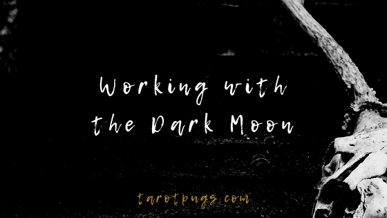 Find out how to work with the dark moon phase to bring transformation, shadow work, hexes and more. #witchcraft #magick